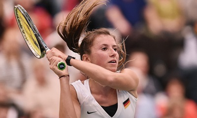 Annika Beck: Playing for Germany.