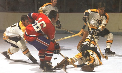 Henri Richard: Complex situation against the Boston Bruins.